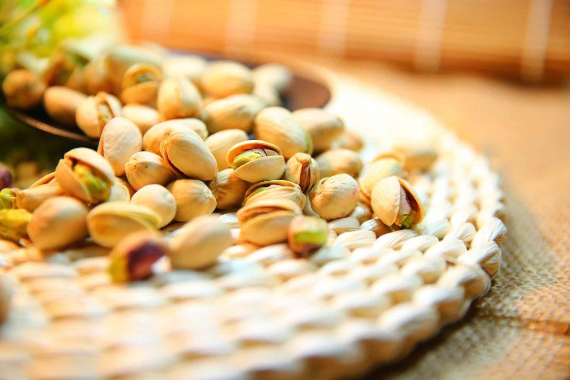 Na co wpływają pistacje i ile kalorii mają