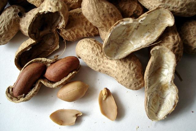 Orzeszki ziemne czyli fistaszki lub orzechy arachidowe. Jak zacząć zdrowe odżywianie?