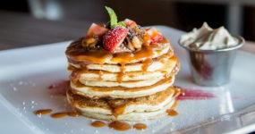Pancakes z masłem orzechowym