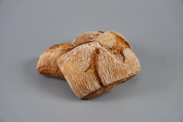Chleb z masla orzechowego