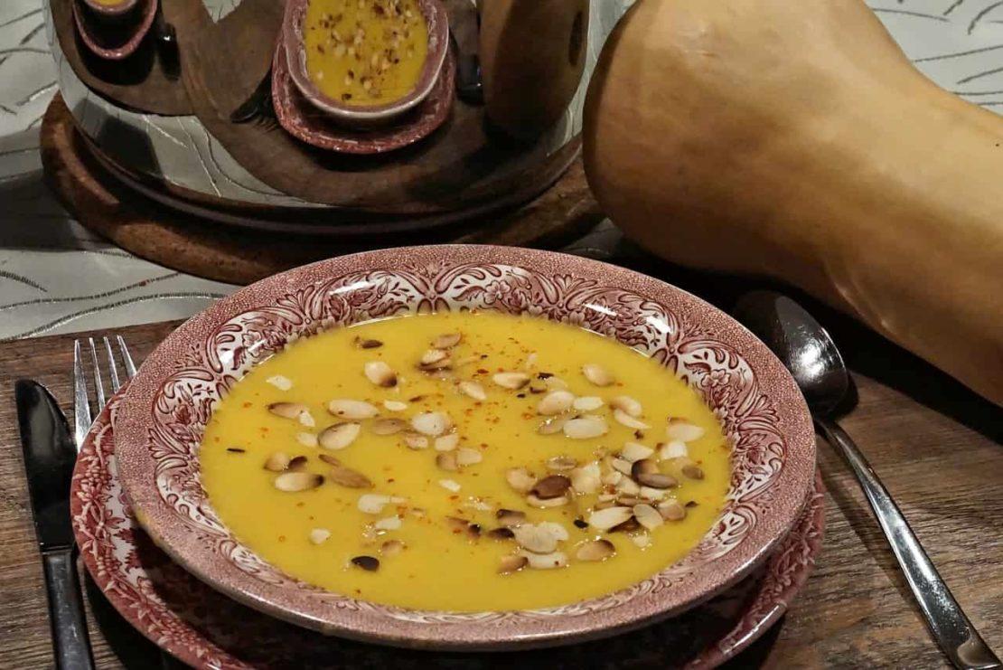Krem z dyni z masłem orzechowym