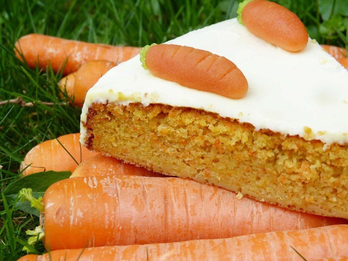 Fit ciasto marchewkowe z masłem orzechowym