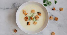 Zupa krem z batatów z masłem orzechowym